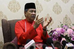 Unhealthy culture creeping in Umno could affect party, says Mohamad