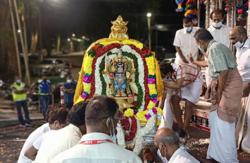 Thaipusam: Silver Chariot arrives at Nattukotai Chettiar Temple in Penang under strict SOP