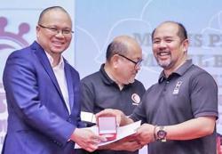 Brunei Health Minister recognised for breaking epidemic chain