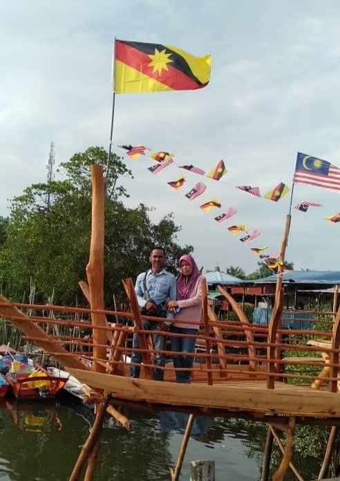 The creator Osman and his wife, Kesma Konkoi, onboard his replica of the Titanic