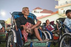 Film treat for struggling trishaw drivers