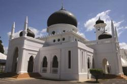 Perlis to allow maximum capacity in mosques for obligatory prayers