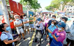 Market traders defy council's orders