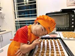 Six-year-old baking prodigy seeks help for studies