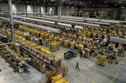 Amazon ratchets up anti-union pressure on workers in Alabama