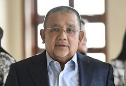 Isa Samad sentenced to six years jail, fined RM15.4mil for graft