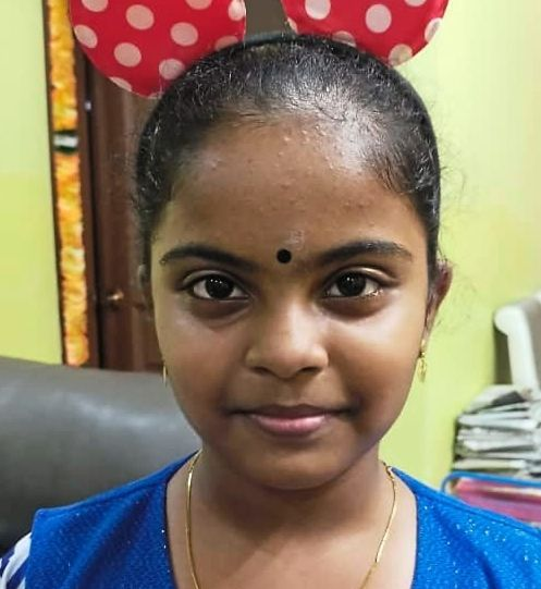 Tamil Ilakkiya's simple act of giving food to her late neighbour's dog inspired the whole neighbourhood to take care of the pet.