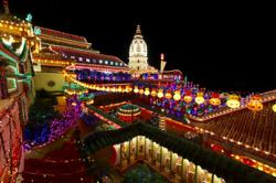 Kek Lok Si Temple lights up ahead of CNY