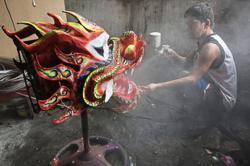 Dragon dance ban saddens Filipinos