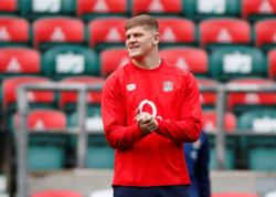 England's Willis faces extended spell on sidelines after knee injury
