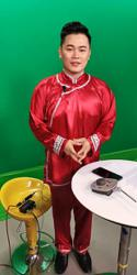 Stylist: Newsreader wore traditional male costume