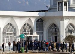 Diplomats check India's easing of Kashmir clampdown