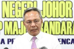 Covid-19: 18,000 medical frontliners in Johor to be vaccinated in first phase of programme, says MB