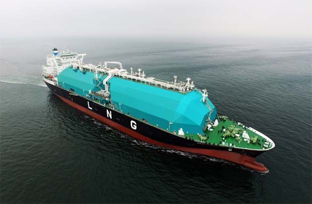 On its outlook for the current year, MISC said spot charter rates in the LNG shipping market have surged due to the colder-than-expected Asian winder, increased LNG exports from the US to Asia and shortage of available vessels for sport charters. (File pic shows MISC\'s LNG tanker Camellia.)