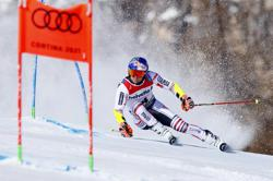 Pinturault in charge after giant slalom first run