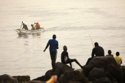 Sahara dust chokes Senegal's capital, disrupts fishing