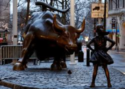 Wall Street Charging Bull sculptor Arturo Di Modica dies aged 80 - Italian media
