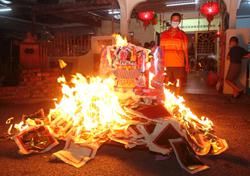 Only a handful of people at temple to mark Jade Emperor's birthday