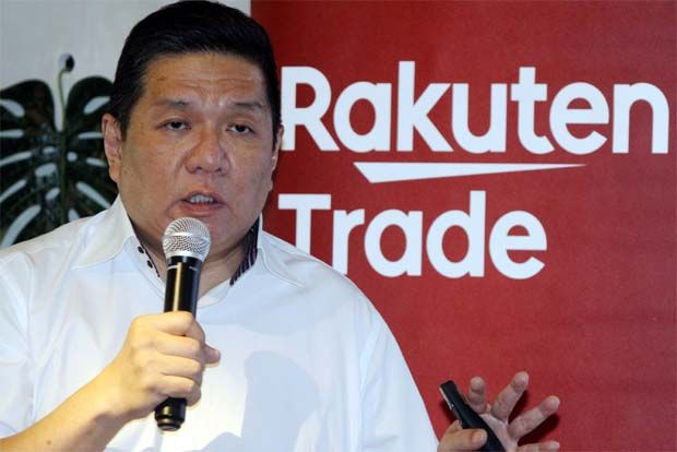 The revival of small and medium scale enterprises is paramount to improving job opportunities and kickstarting economic activities, said Rakuten Trade head of research Kenny Yee.(pic)