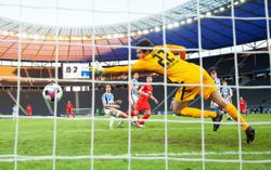 Leipzig power past Hertha to close in on leaders Bayern