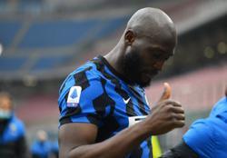 Lukaku outshines Ibrahimovic to get Inter dreaming of title
