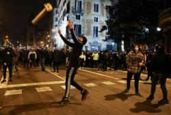 Protesters clash with Spanish police in fresh unrest over jailed rapper