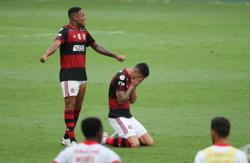 Flamengo move closer to title with 2-1 win over Inter