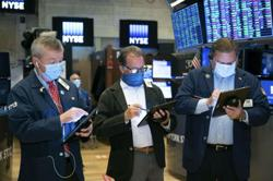 GLOBAL MARKETS-Stocks rebound on Powell policy remarks