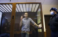 Amnesty International revokes Kremlin critic Navalny's 'prisoner of conscience' status