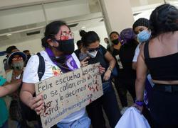 Rival protesters clash as anger flares about Mexican candidate accused of rape
