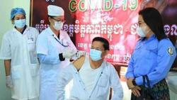 Foreigners in Cambodia to receive free Covid-19 shots