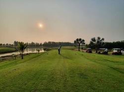 No handicap as South Koreans swing through Thailand's 'golf quarantine'
