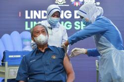 Health Ministry: Needles of different types and colours used during vaccination process