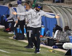 Henry steps down as Montreal coach for family reasons