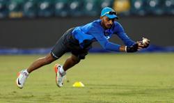 Patel effortlessly fills Jadeja void in India's spin attack