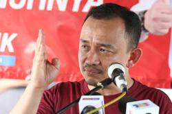 Dr Maszlee demands apology from Umno Youth chief over Form Four History textbook claims