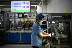 Singapore factory output extends rebound, rising 8.6% in January