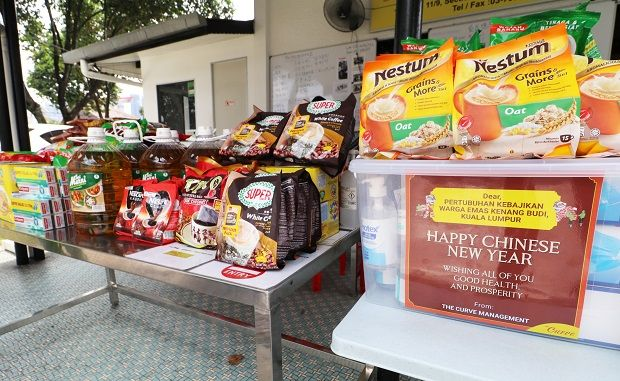 Daily necessities were delivered to the senior citizens at Pertubuhan Kebajikan Warga Emas Kenang Budi Kuala Lumpur.