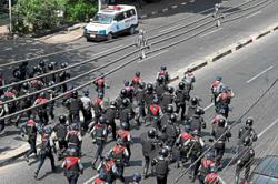 Cops crack down on protests