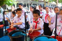 Laos: UNICEF provides Covid-19 response learning materials