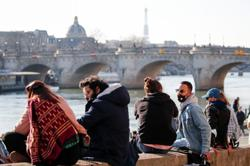 France reports 19,952 new COVID-19 cases, 122 deaths