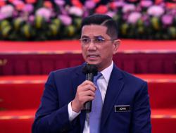 Azmin: Any govt decision to lift MCO must be based on 'data and science'