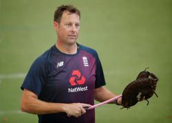 England appoint Trescothick as batting coach