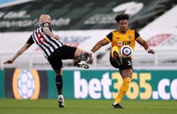 Wolves' Traore uses baby oil to blaze past defenders - Nuno
