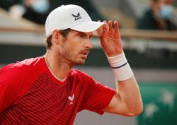 Murray feels like playing for his career in every match