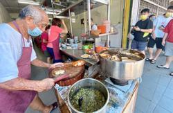 Porridge shop owner may consider returning to work after taking a break