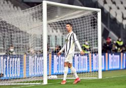 Ronaldo eyes first Serie A top scorer prize after latest goal landmark