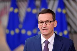Polish PM to ask for court ruling on EU legal conflicts