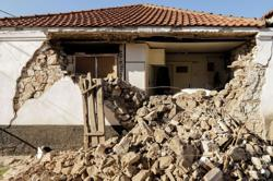 Powerful earthquake shakes central Greece, no casualties