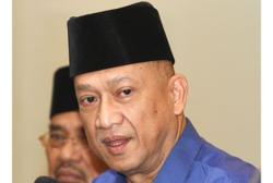 Annuar Musa doesn't speak for Barisan, says Nazri